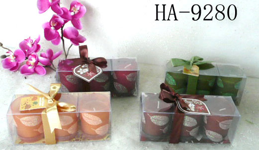 Scented candles filled in glass holder set